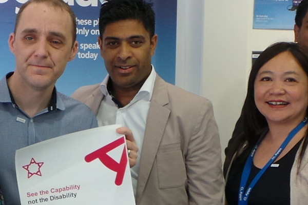 Rotherham O2 store wins award from Action for Blind